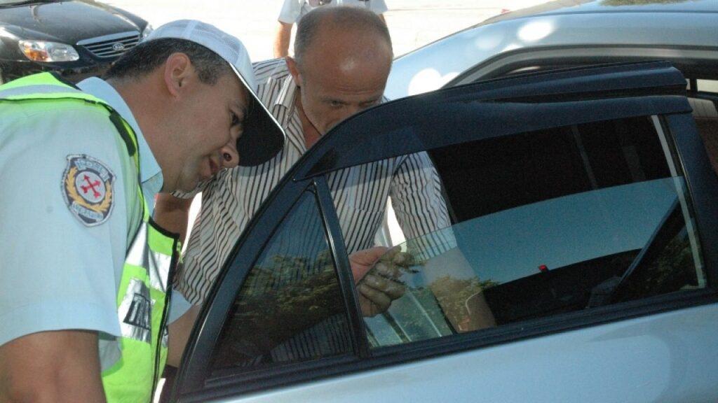 cam filmi yasak mı? hangi araçlarda cam filmi yasak? 2021